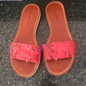 LUCKY BRAND REPTILE EMBOSSED SLIDES SANDALS 8